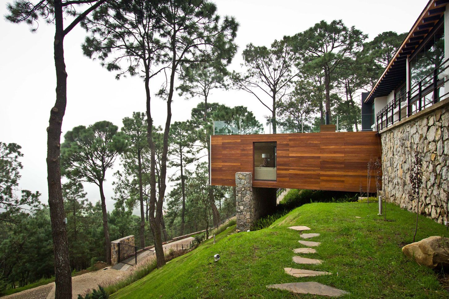 Forest-House_3